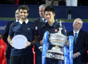 Nishikori gana por segunda vez en Barcelona
